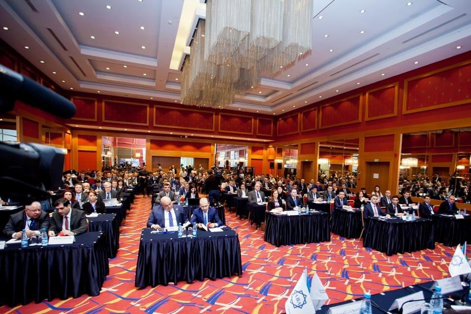 Azərbaycan Banklar Assosiasiyasının təşkil etdiyi ikinci bankçılıq forumu